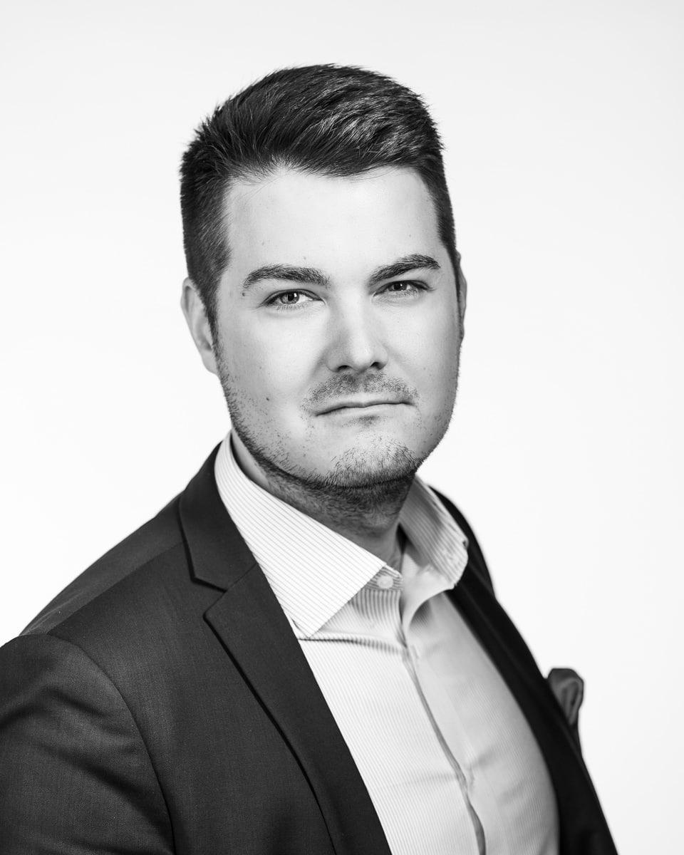 CV-kuvat Tampere | Linkedin-kuvat | Uusi CV-kuva alkaen 39€